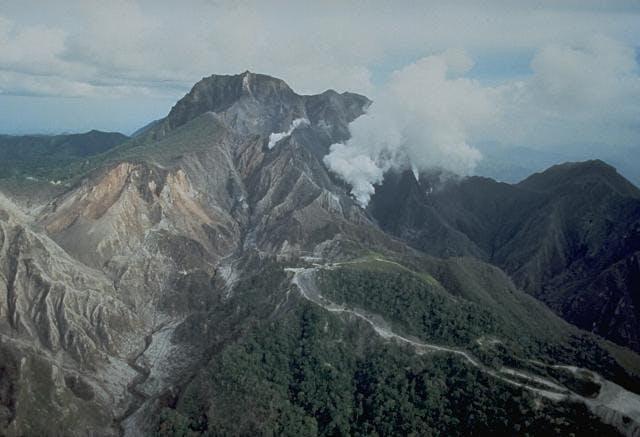 ピナトゥボ山