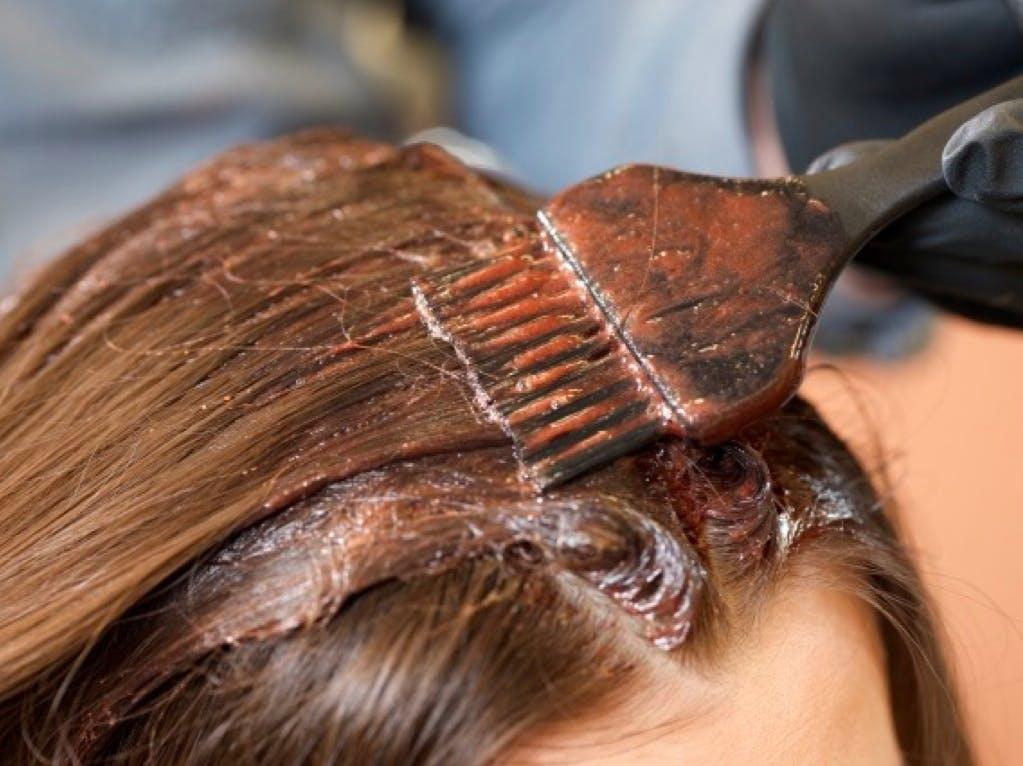 ヘアカラー 頭皮