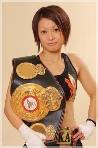 大怪我を乗越えた元世界王者女子ボクサー宮尾綾香が再び世界に挑戦!