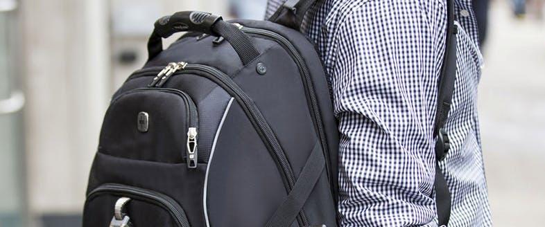 9312522ecb 「SWISSMOBILITY」のスーツケースは市場に出るとすぐに欧米で高い評価を獲得し、商品ラインアップをバックパックや旅行小物まで広げてゆきました。