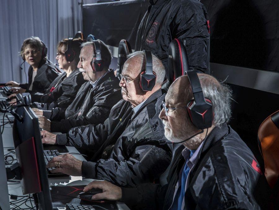 引用:http://blog.lenovo.com/en/blog/silver-snipers-esports-team-lenovo-legion/