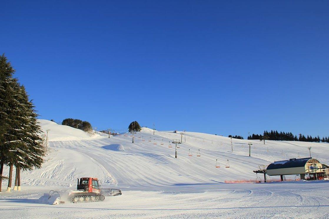 Ski  5 .jpg?ixlib=rails 2.1