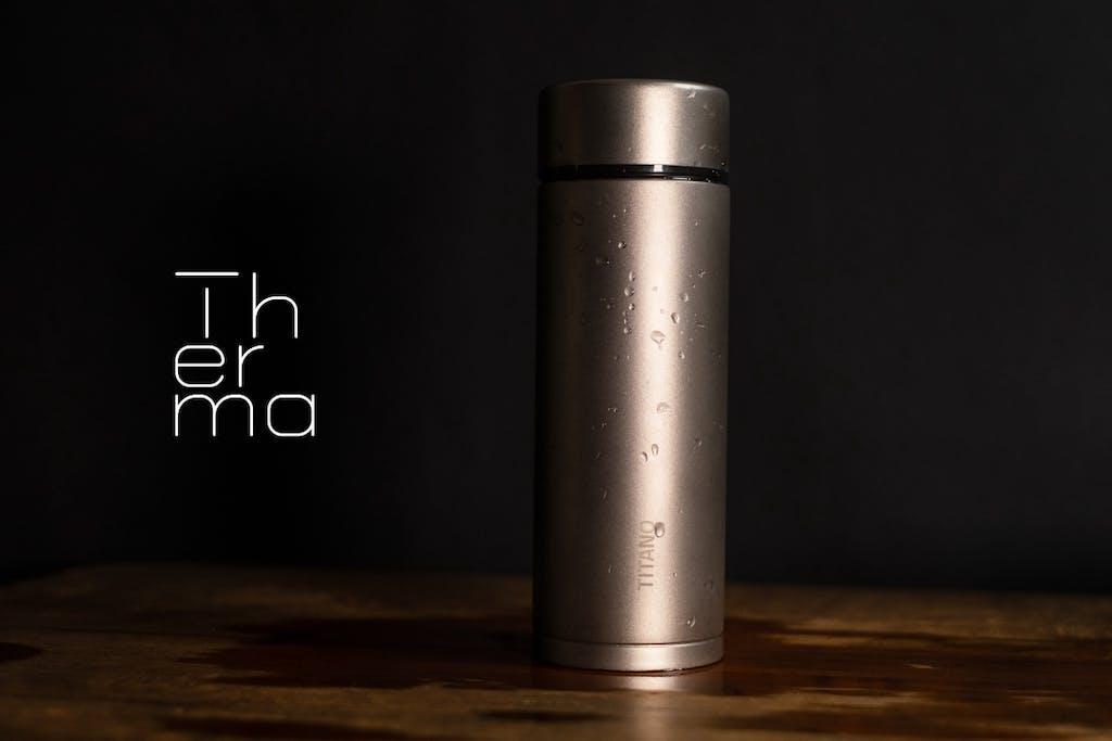 純チタン製真空サーモボトル「Therma 280」と「Therma 380」